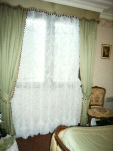 Double-rideaux et cantonnière dralon vert style lxv