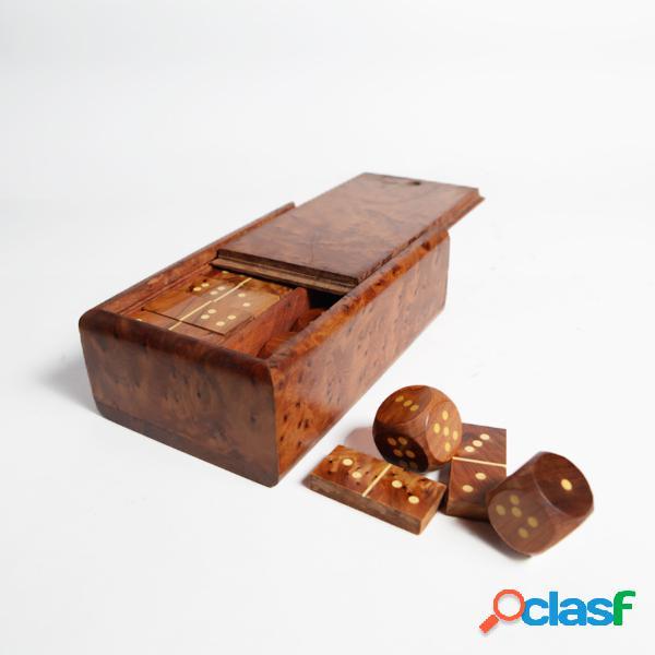 Jeu de domino et dés en bois - long: 15 cm - larg: 10 cm - haut: 5 cm