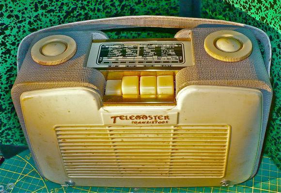 Radio vintage + module fm bluetooth +boitier telemaster 61