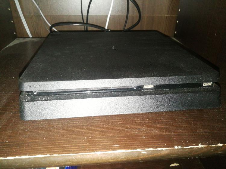 Playstation 4 et accessoires neuf, saint-lys (31470)