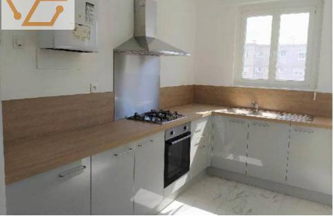 Appartement de 105 m2 refait à neuf avec 3 c...