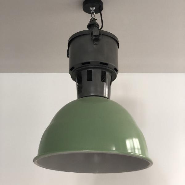 Lampe suspension. style loft industriel. grande taille