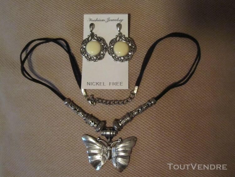 Collier et pendants d'oreilles, papillon, métal argenté,