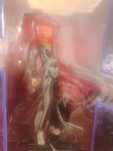 figurines ichiro avec l'épée