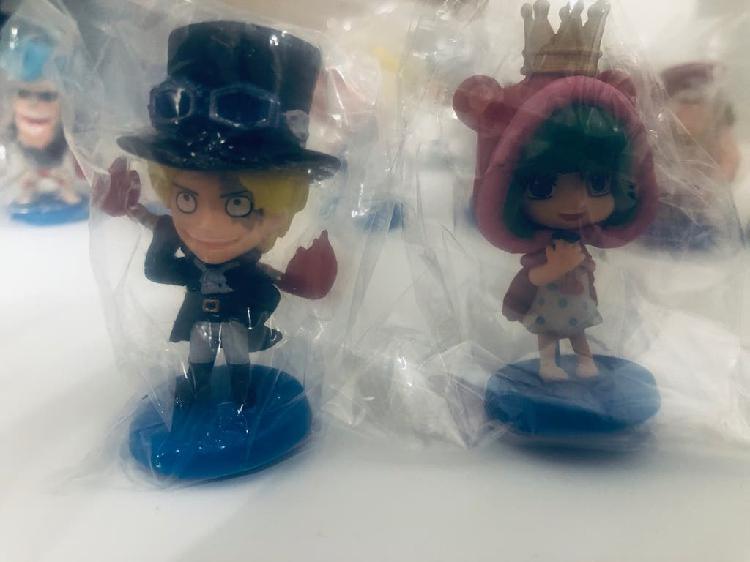 mini figurine one pièce encore dans l'emballage