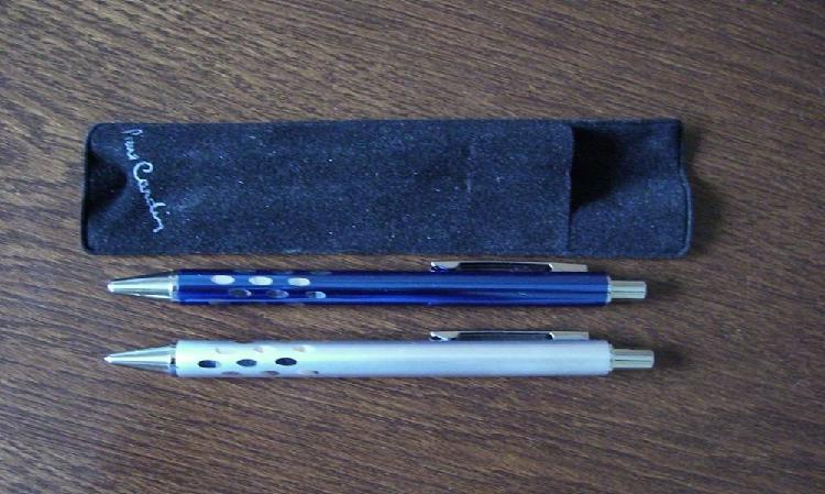 Parure stylo bille + stylo mine pierre cardin neuve