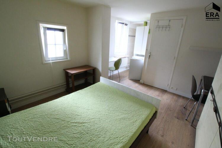 Chambre meublée dans propriété de charme 15 m2
