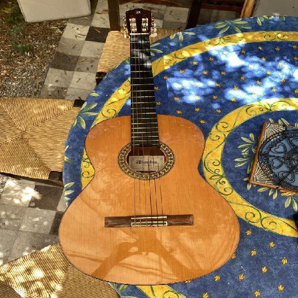 Guitare alhambra 5p palissandre, red cedar massif & ebène