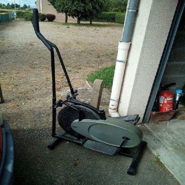 Vélo elliptique occasion, corbeilles (45490)