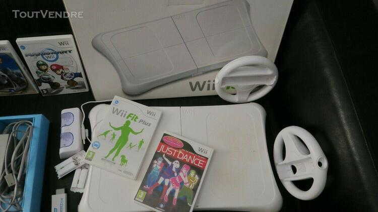Console nintendo wii + balance board wii fit plus + jeux + 2