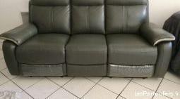 Canapé cuir neuf 2 relax électriques