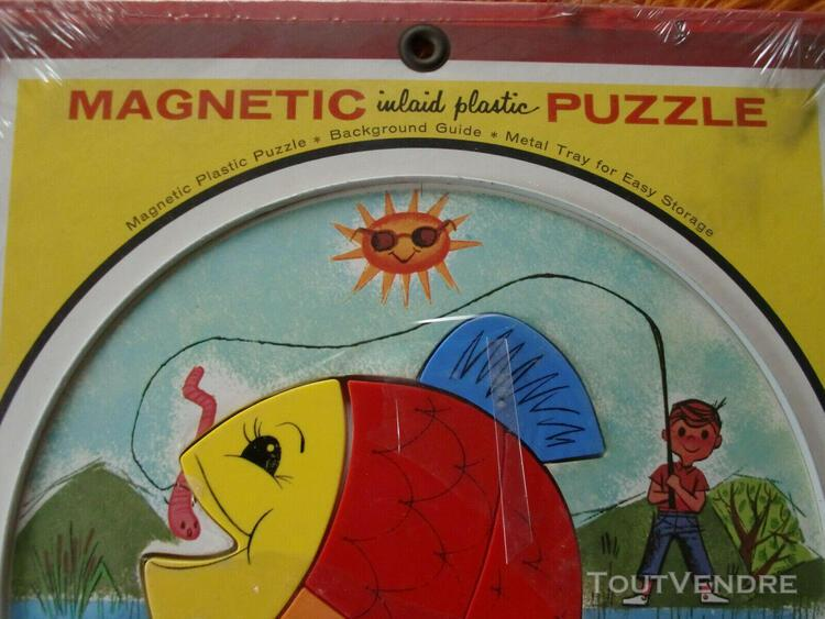 Ancien puzzle magnetic, vintage. teach-a-tot toy. playskool.