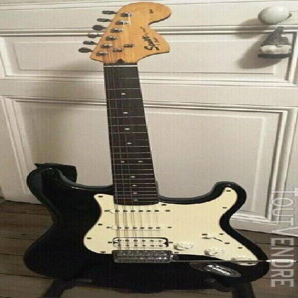 Guitare électrique squier stratocaster affinity hss