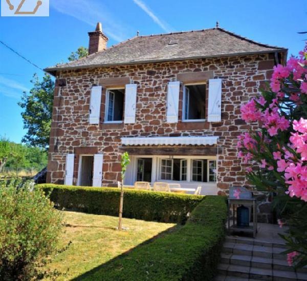 Vente maison 6 pièces 140 m²