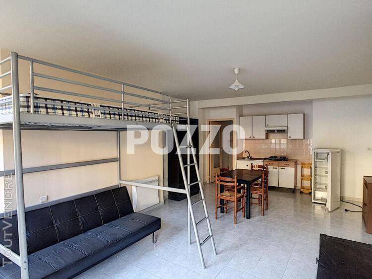 A louer appartement 1 pièce à saint hilaire du harcouet