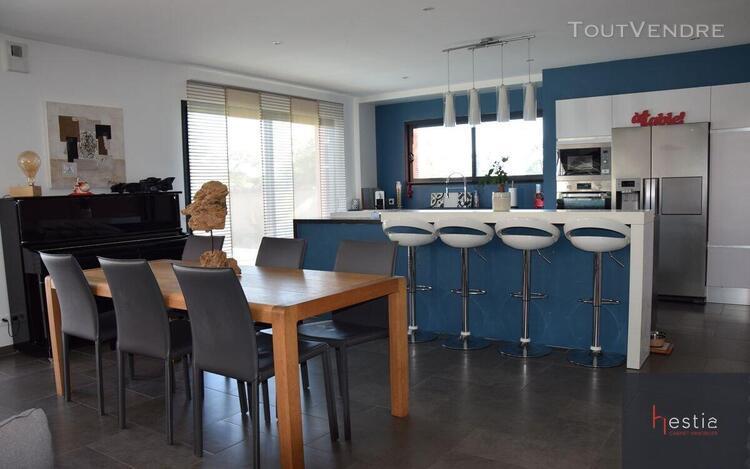 Cabinet hestia immobilier vous propose une maison de 120m2 h