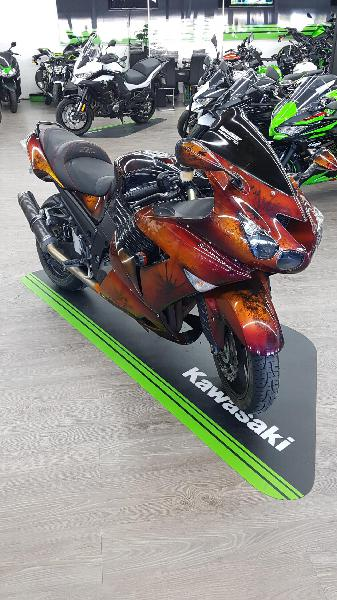Kawasaki zzr 1400 essence nimes 30 | 7500 euros 2009
