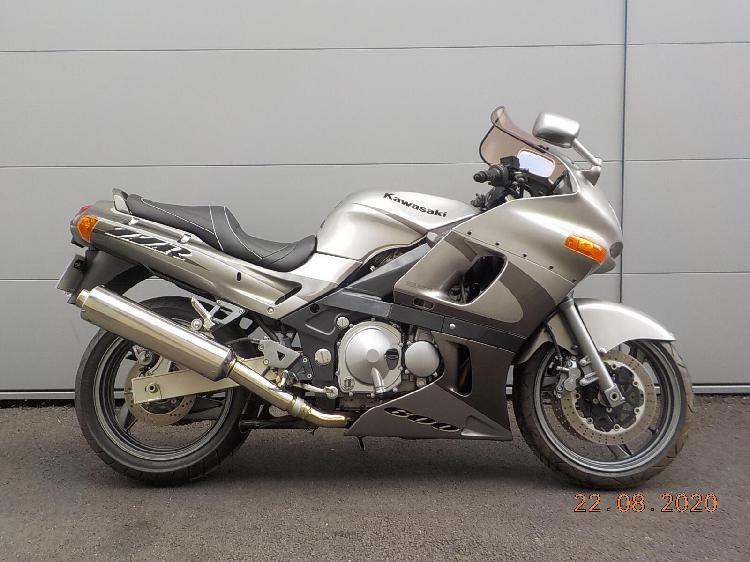 Kawasaki zzr essence st ouen l'aumone 95 | 3800 euros 2003
