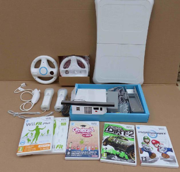 Console wii + balance board + jeux et accessoires neuf,