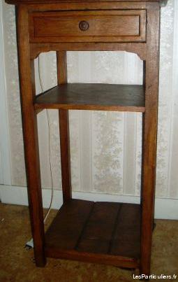 Ancienne table de chevet (selette)