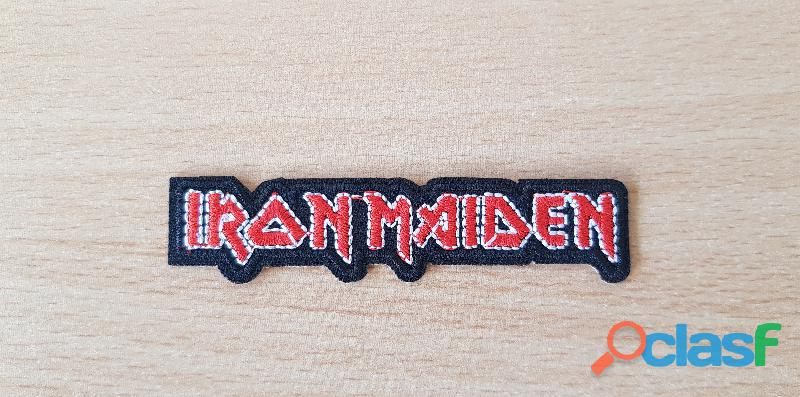 Petit ecusson iron maiden 8x1,5 cm thermocollant