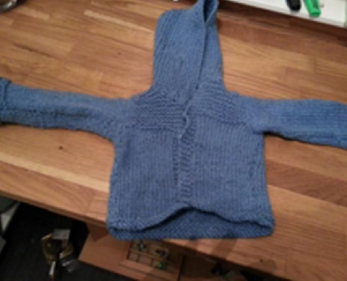 6 mois gilets cardigan capuches fait main vente 5€30
