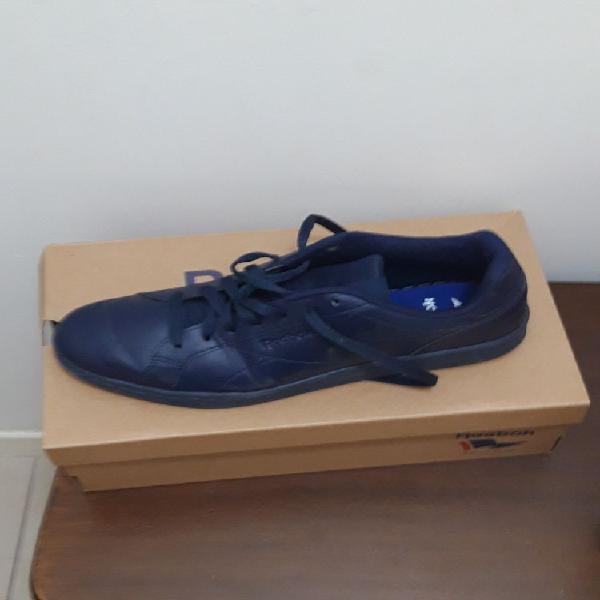 Reebok classic bleu neuf, roncq (59223)