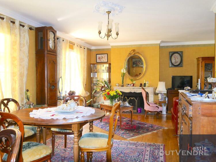 Cabinet hestia immobilier vous propose une maison de type t4