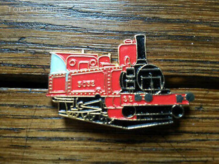 Pin's locomotive se 3032 train chemin de fer