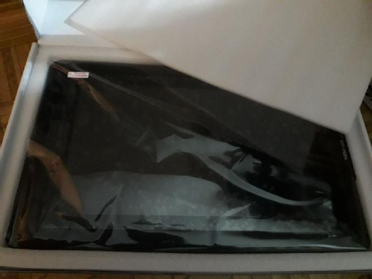 Tablette graphique xp pen 15.6 neuve (tout équipé) neuf,