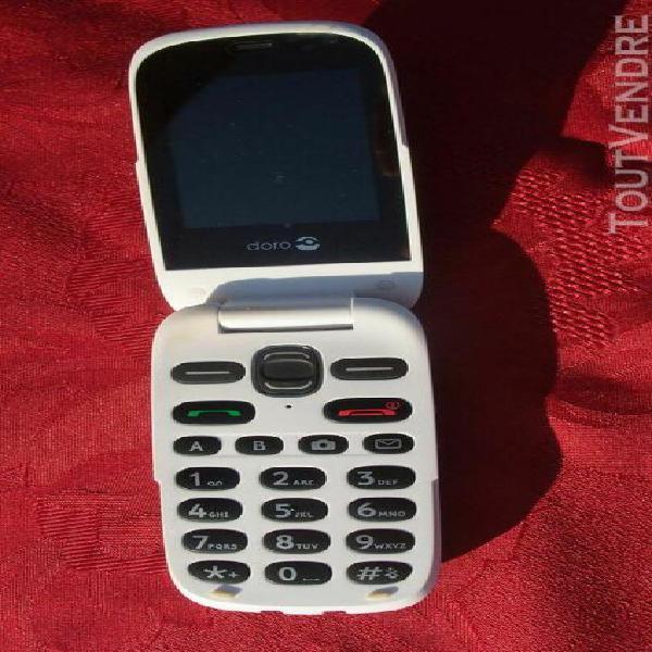 Téléphone portable doro phoneeasy 632 avec son chargeur