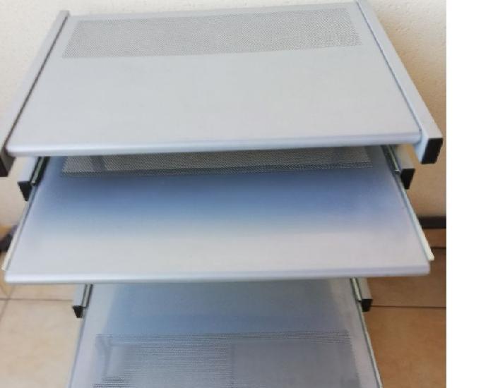 Table informatique roulante aluminium