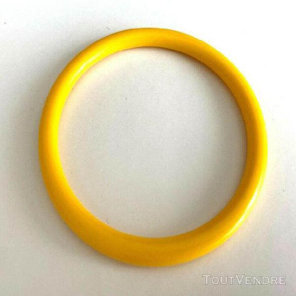 bracelet vintage fine jaune plastique 2 disponible ! neuf