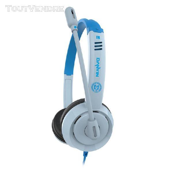 Enfants apprenant des écouteurs pour les garçons de