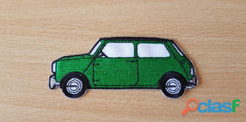 ecusson brodé Austin mini verte 9,5x4 cm modèle des 70's thermocollant, pas besoin de couture