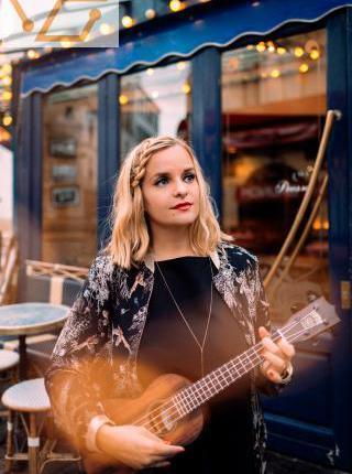 Musique mariage civil à la mairie, chanteuse...