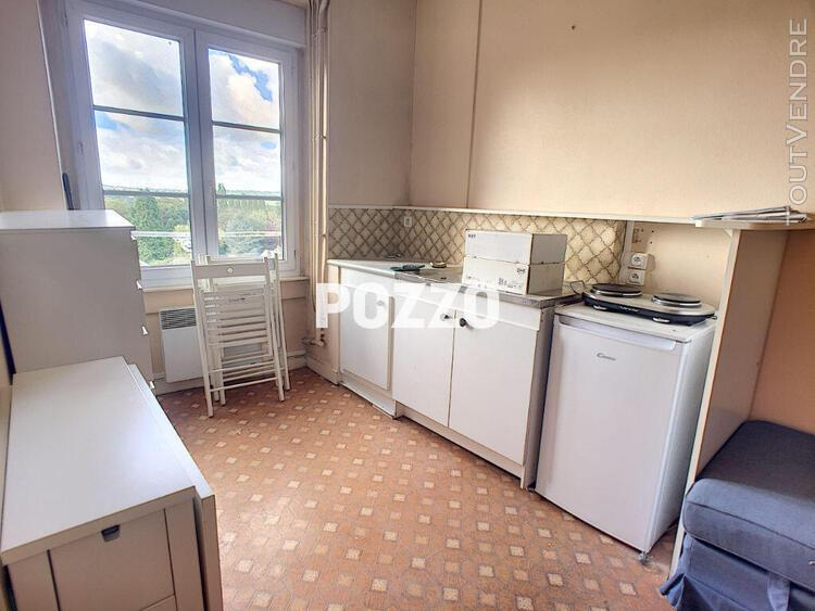 Location: appartement f2 à saint hilaire du harcouet