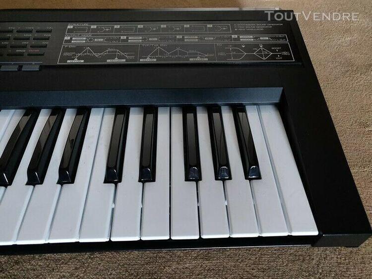 Roland d-50 linear synthesizer musique workstation avec m-25