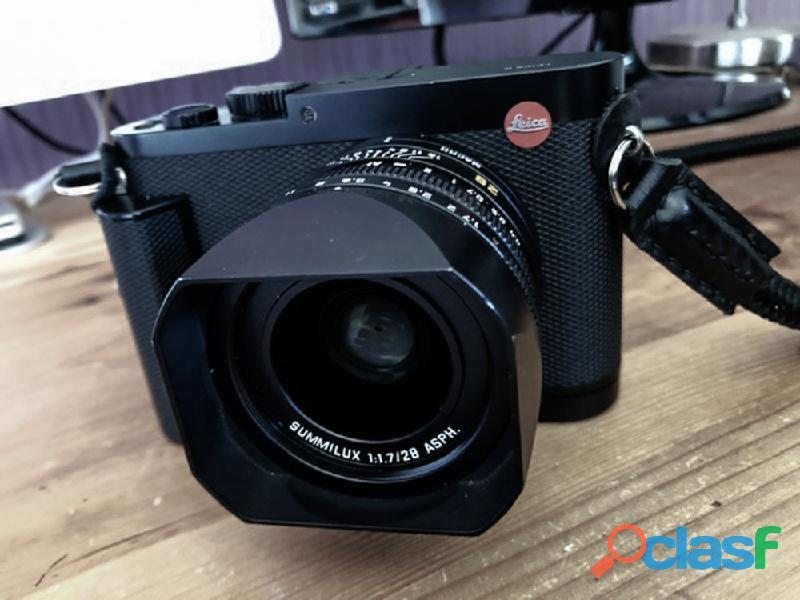 Leica Q en très bon état de fonctionnement complet avec boite et facture, 1