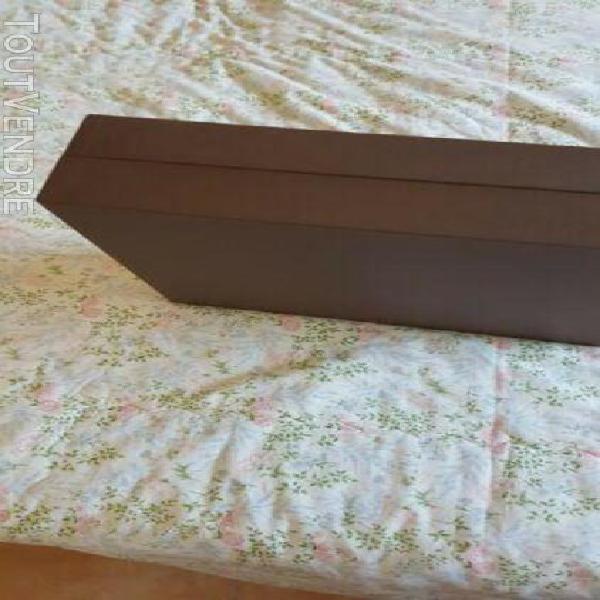 Grande boite coffret louis vuitton et 3 sacs et 1 pochette