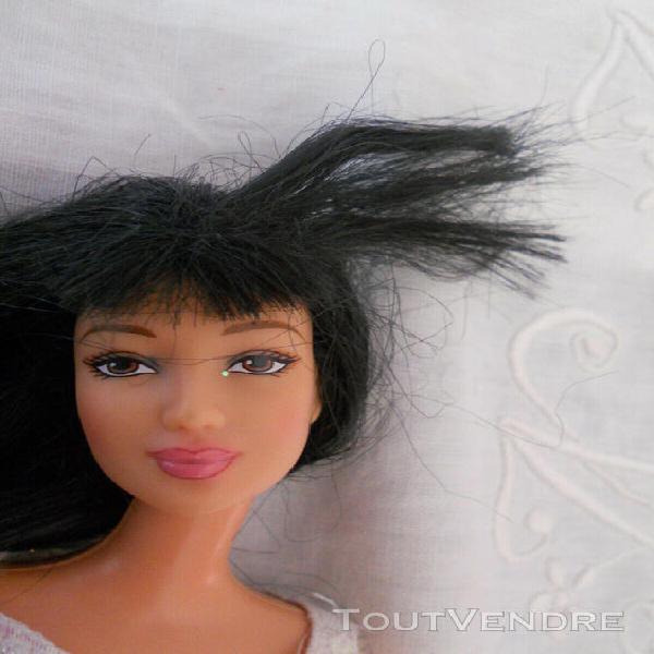 Barbie asiatique