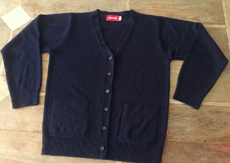 Cardigan ou veste ouverture en v - taille s