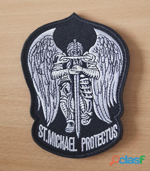ecusson brodé saint michael protect us 9x12 cm à coudre
