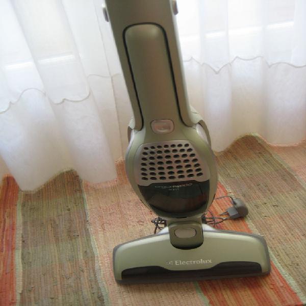 Aspirateur electrolux neuf, rezé (44400)