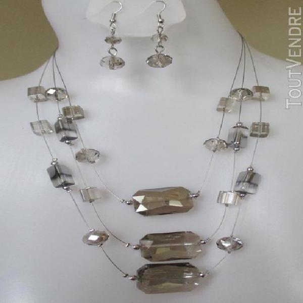 Parure bijou femme collier sautoir boucles d'oreilles perles