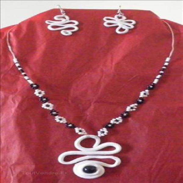 Parure collier boucles d'oreilles de créateur made in