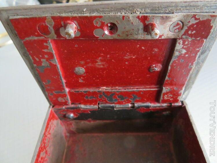 Vintage rare petit coffre fort photos + dimensions !!