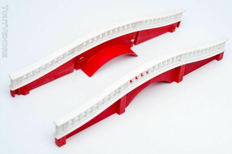 4 pièces 4 paires disponibles TRIANG SCALEXTRIC vintage vert support du Pont-Paire