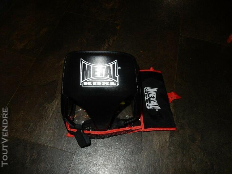 Coquille protection noir pro metal boxe femme quasi neuve se