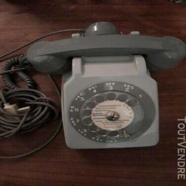 Ancien téléphone ☎ socotel s63